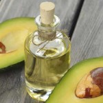 10 Amazing Nutritional Health Benefits and Uses of Avocado Oil