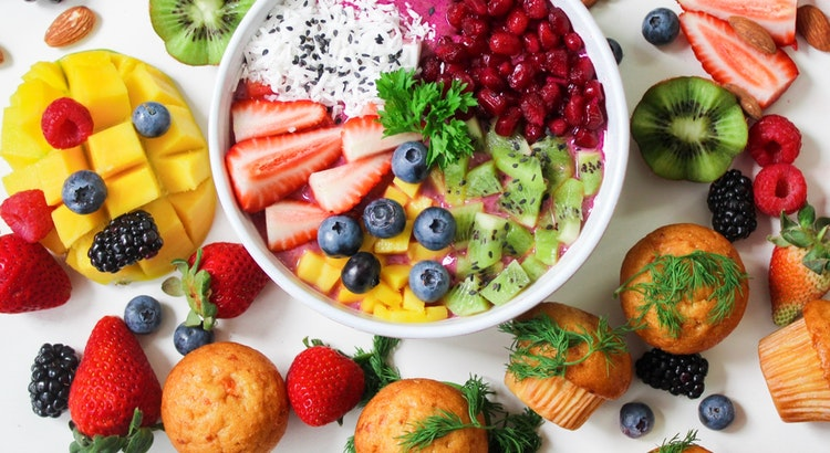 """7 """"Health Foods"""" You Should Never Eat"""