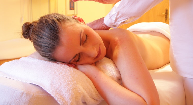 Here're The Top Physical & Mental Health Benefits of Massage Therapy